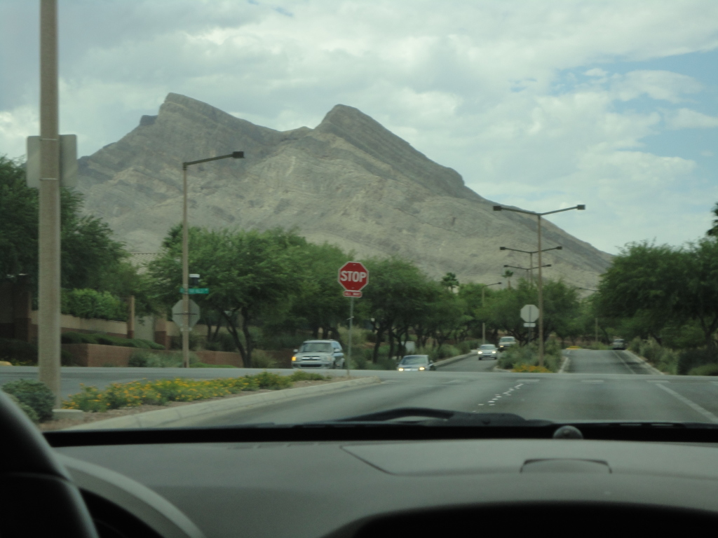 Driving the Neighborhoods of Las Vegas